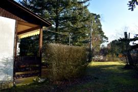 bebaut mit Wochenendhaus