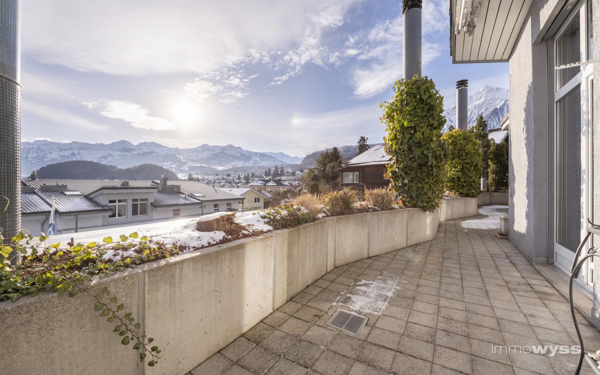 Terrasse mit Niesenblick