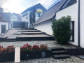 Treppen vor dem Haus