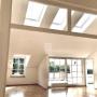 Wohn-Esszimmer mit Oberlichtern