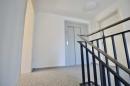 Treppenhaus und Lift