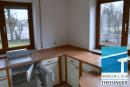 Die Küche verfügt über 3 Fenster