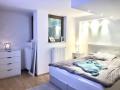 Schlafzimmer/Hobbyraum