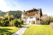 Villa im Südtiroler Stil in St. Vigil Gadertal - Südtirol