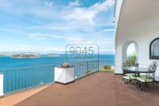 Einzigartige Villa mit Panoramablick in Ischia im Golf von Neapel