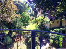 Balkon im 1. DG mit Blick in den Garten