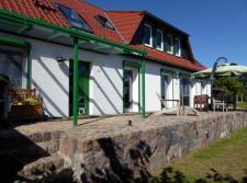 (01) Doppelhaushälfte mit Seeblick