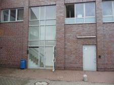 (1) Eingangsbereich