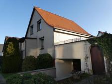 1 Einfamilienhaus mit Tiefgarage