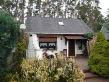 1 Wochenendhaus mit Terrasse und Grill