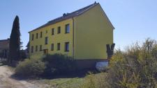 (1) Wohnhaus