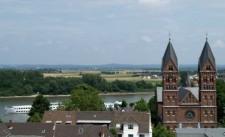 Blick über Wesseling zum Rhein
