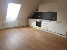 Wohnzimmer inkl. Einbauküche