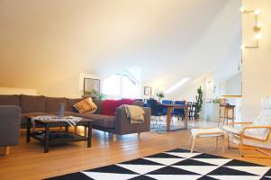 Wohnzimmer Ansicht 6