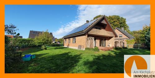 Photovoltaikanlage mit Garten und Terrasse