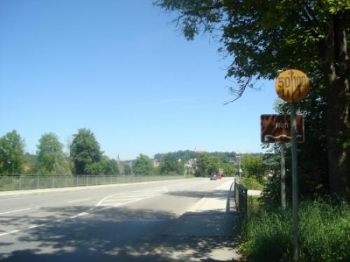 Foto Straße über die Rott