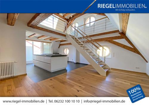 Galerieaufgang Wohn-Essbereich