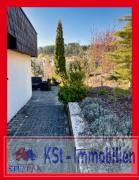 Zugang Terrasse u. kleiner Gartenanteil