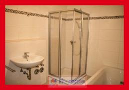 begehbare Dusche + Wanne