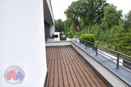 Große Terrasse mit Ausblick Natur