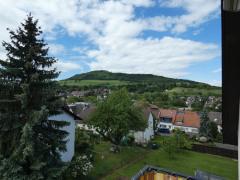 Blick vom Balkon zum Schönberg