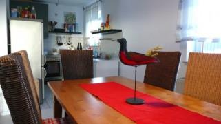 Blick zur Küche.