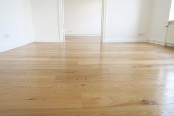 2145-neuer Fußboden