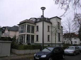1832-02