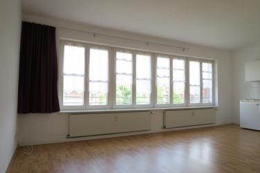 0033-Fensterfront Wohn-und Küchenbereich