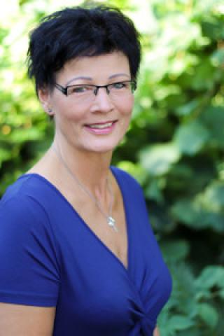 Yvonne Ackermann