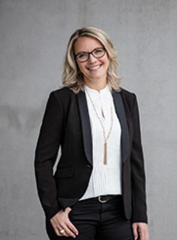 Corina Stollar
