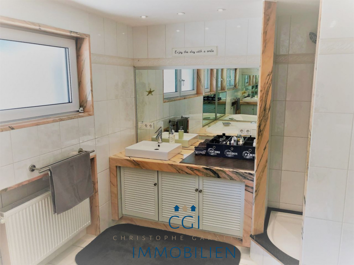 Masterroom-Badezimmer