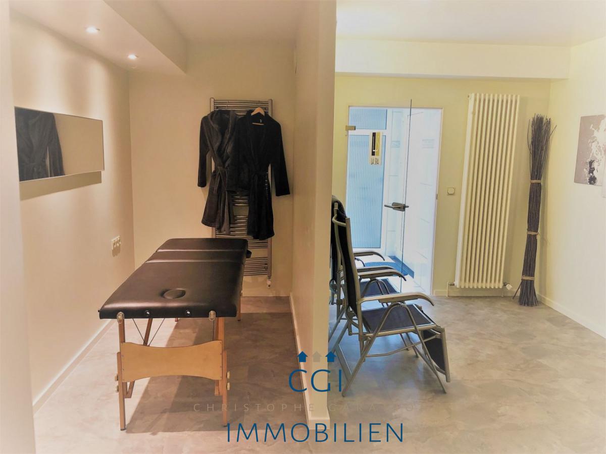 Behandlungszimmer oder Schlafzimmer