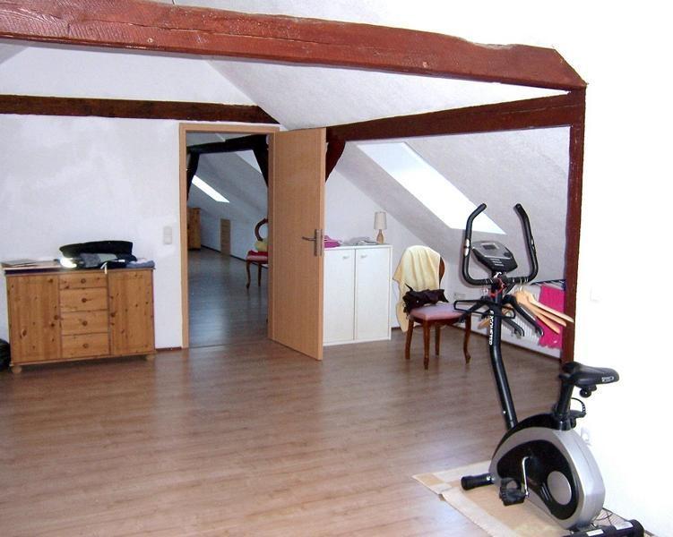 11 Großes Schlafzimmer OG