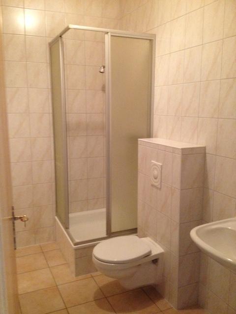 (3) Bad  WC