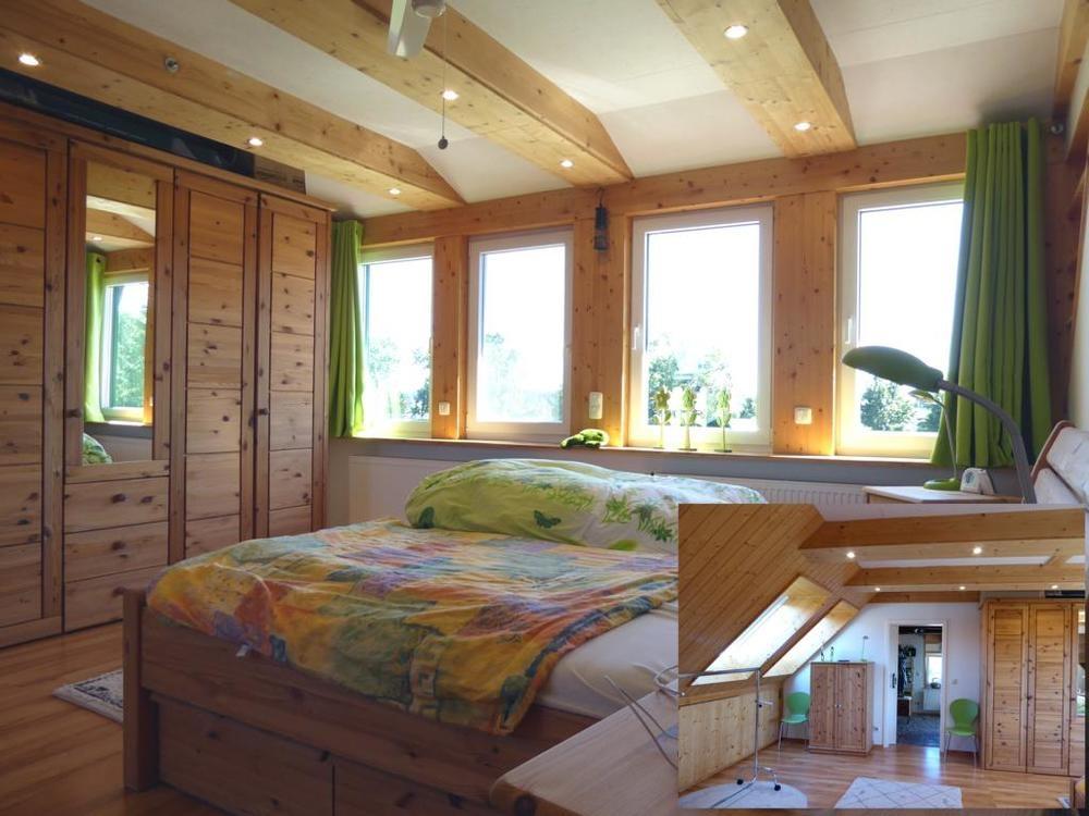 (12) Eines der beiden Schlafzimmer