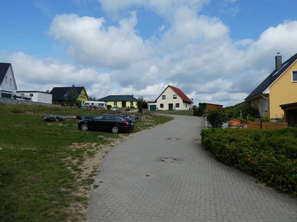 6 Anliegerstraße