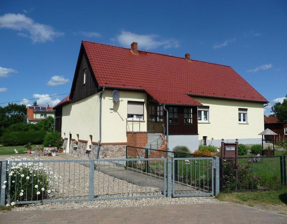 1 Einfamilienhaus