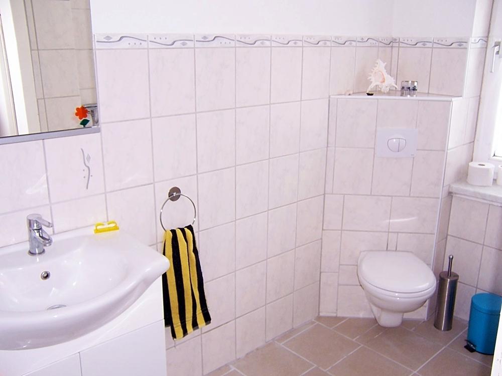 8 Badezimmer EG