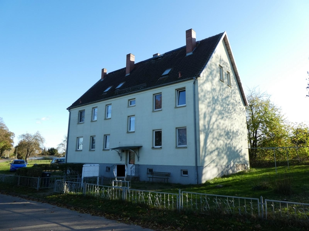 1 Mehrfamilienhaus mit 6 Wohneinheiten