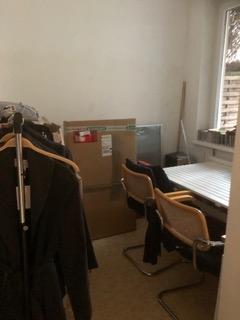 (5) Büro-Lager