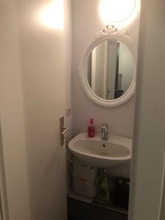 (10) WC