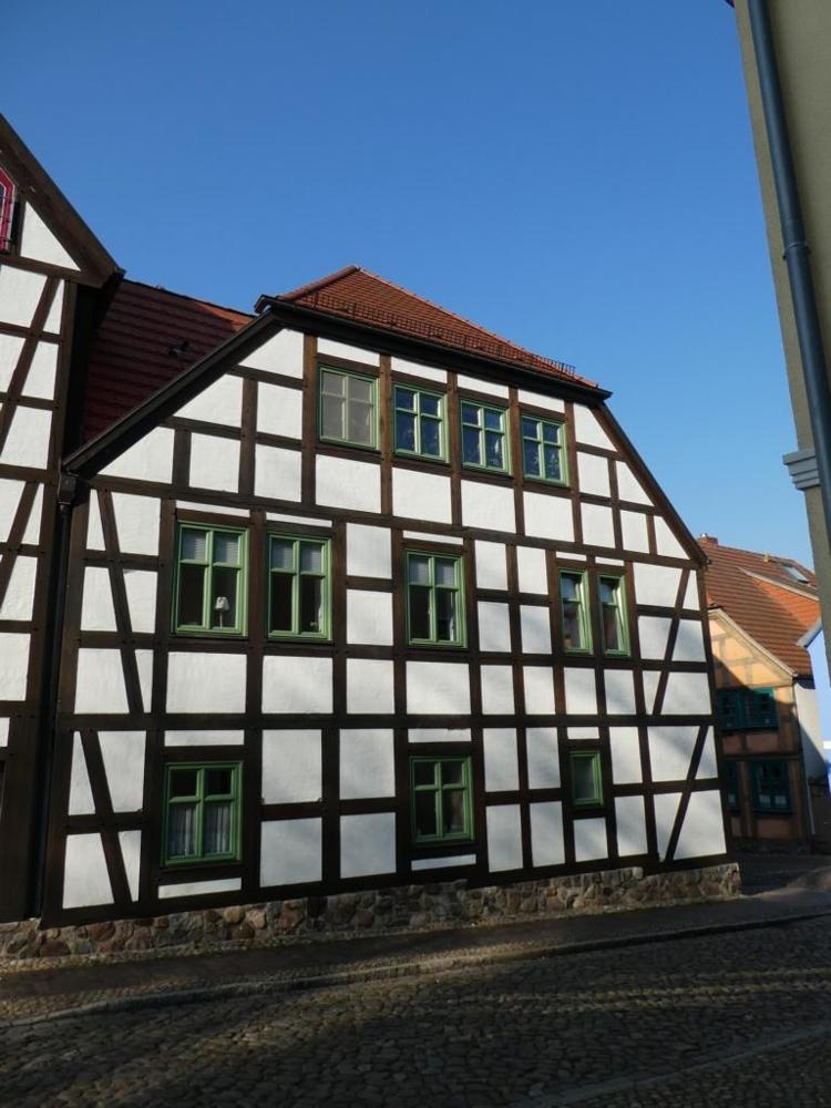 5.Fachwerkdreifamilienhaus