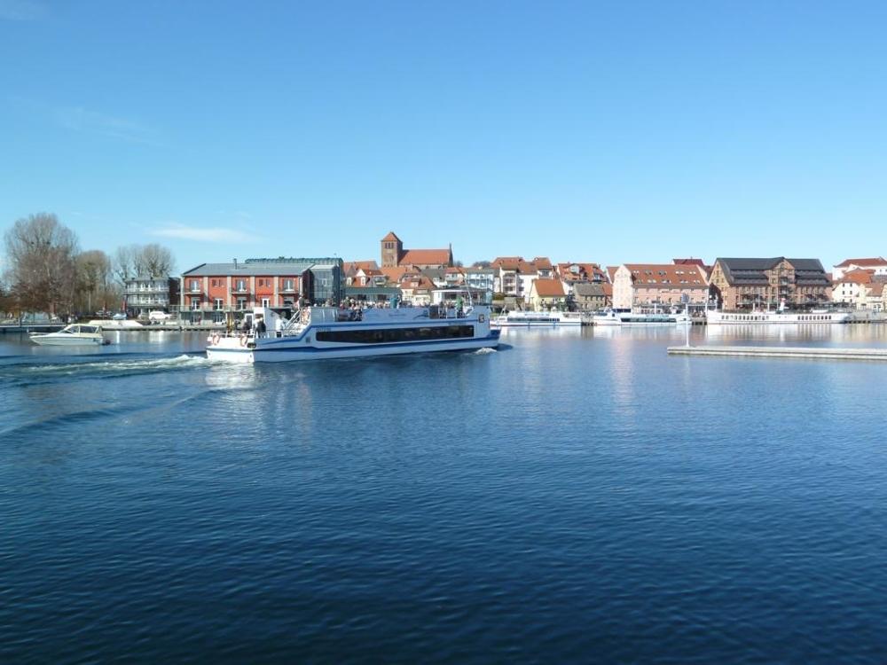 5. Stadthafen Waren (Müritz)