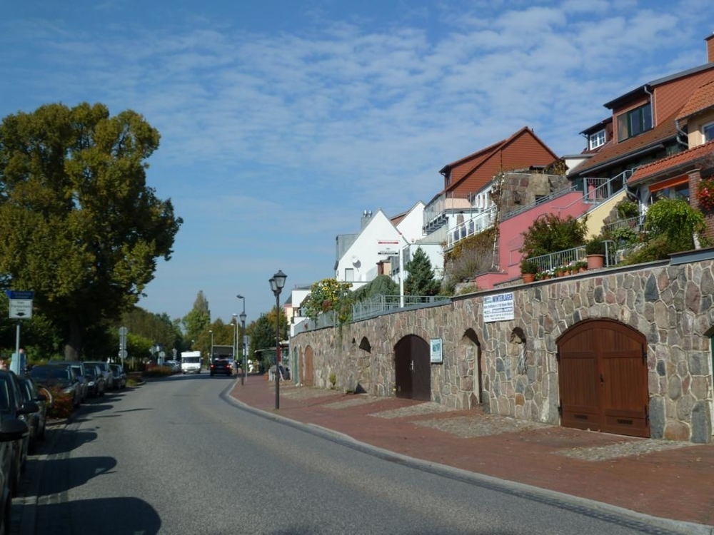 6. Anliegerstraße