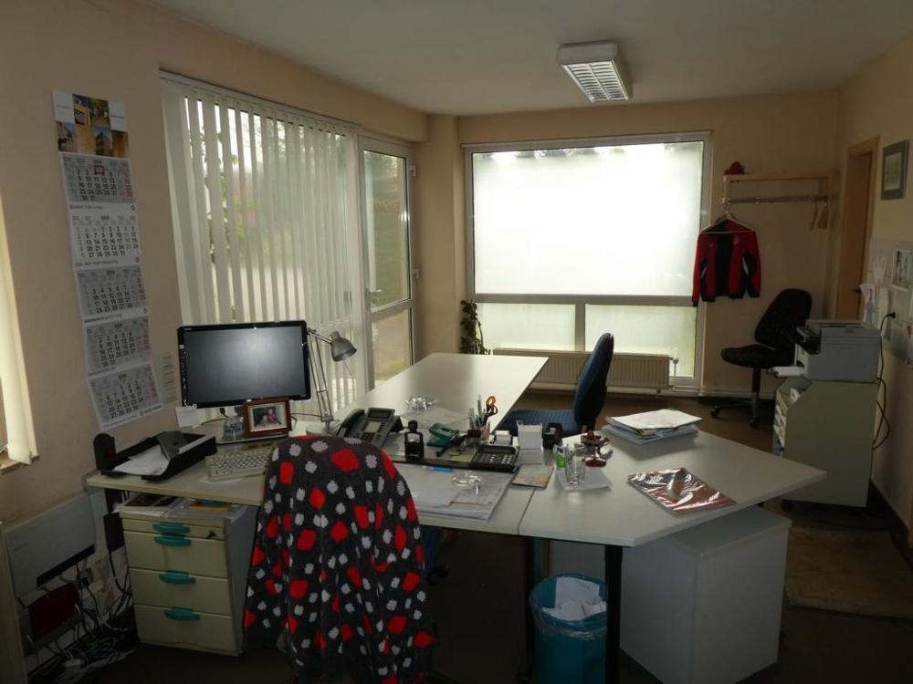 12. Büro 2 von 2