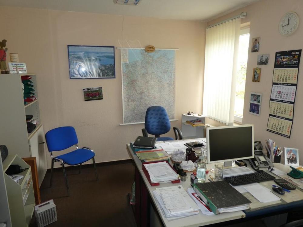 11. Büro 1 von 2