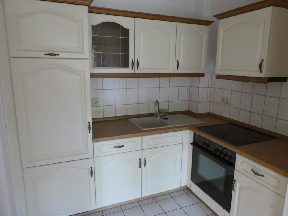 6. Küche mit Einbauküche