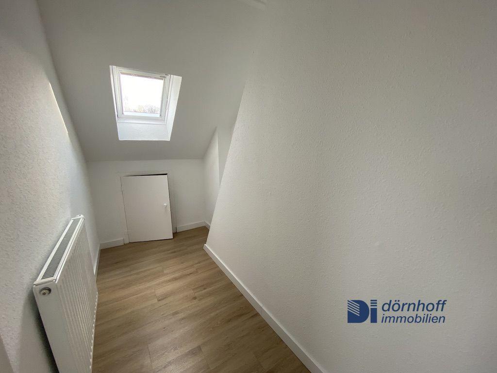 Dachgeschoss kleines Zimmer 1