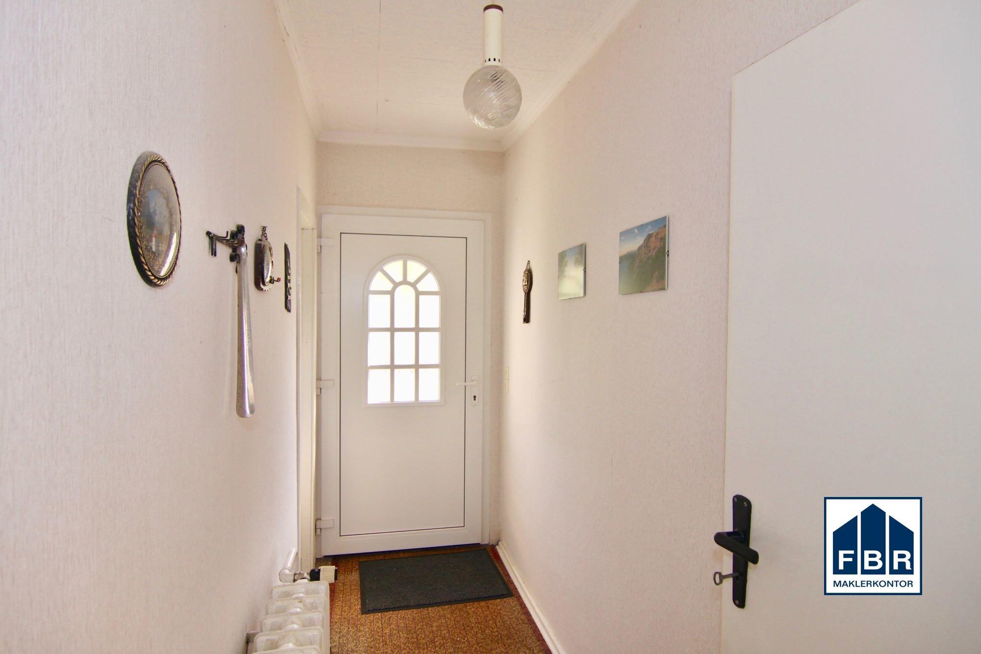 Haustür + Flurbereicheingangs